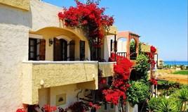 Hotel 500 m² in Crete