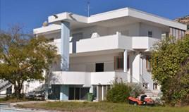 Willa 1300 m² na Attyce