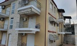 公寓 60 m² 位于卡桑德拉(哈尔基季基州)