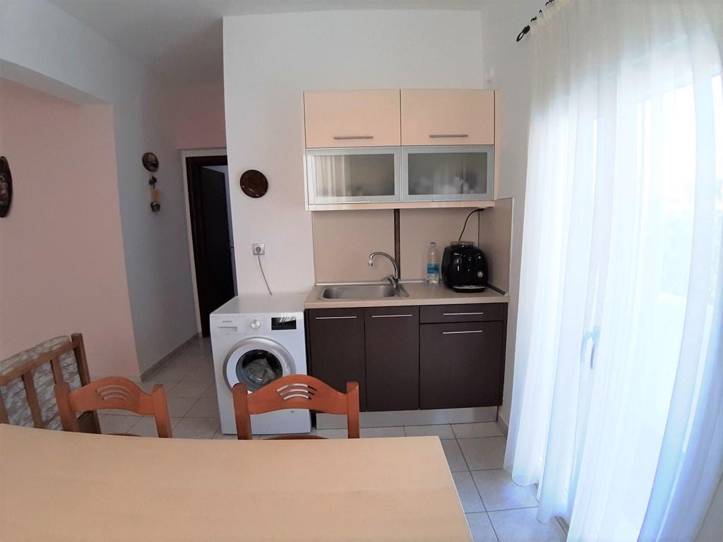 Купить квартиру за границей цена лувр дубай открытие