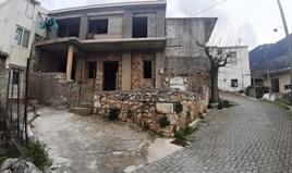 Müstakil ev 140 m² Girit'te
