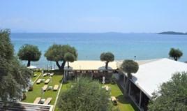 Hotel 800 m² in Corfu