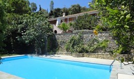 Detached house 180 m² in Corfu