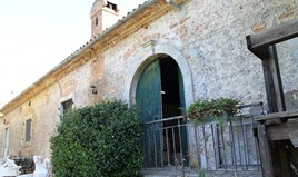 Detached house 1000 m² in Corfu