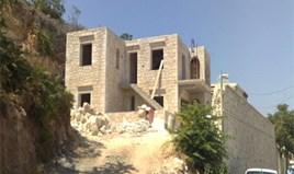 კოტეჯი 207 m² კრეტაზე