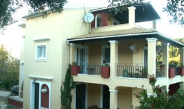 Detached house 218 m² in Corfu