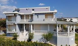 酒店 650 m² 位于新马尔马拉斯(哈尔基季基州)