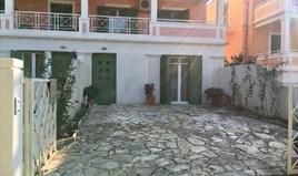 بيت صغير 140 m² في كورفو
